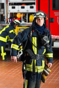 Ein Wespennest von der Feuerwehr entfernen zu lassen ist heutzutage unüblich.